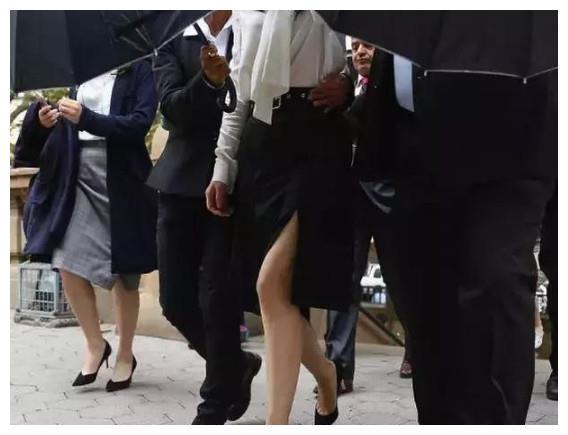 高云翔二审保释成功,但必须佩带电子脚镣,后续还有很多困难