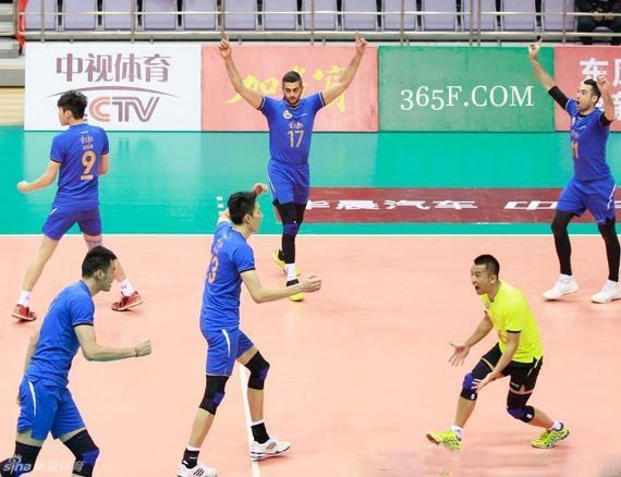 即时比分中国男排超级联赛山东占先机 上海3-1江苏