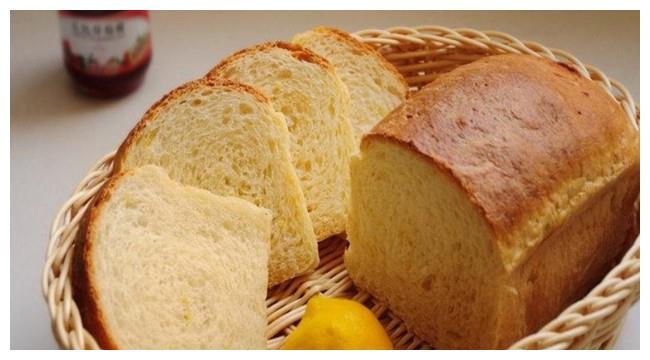 外国人把面包当主食,为何中国人不会?原因很简单!