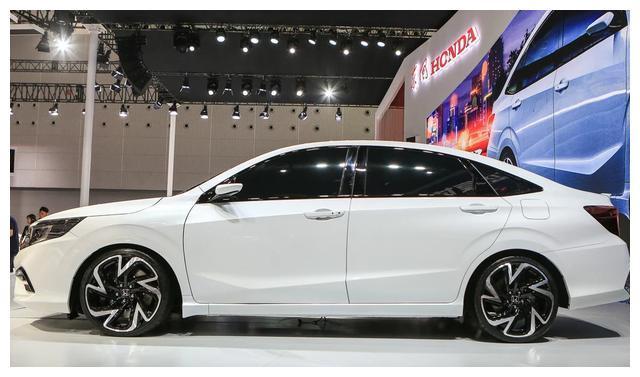 本田这次要火了,这车比朗逸还漂亮,4.7米车身配1.0T,不足10万