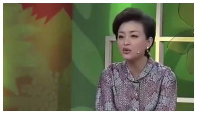 """蒋欣自曝实力争赢""""华妃""""原定者范冰冰,杨澜尴尬:这话也能说?"""