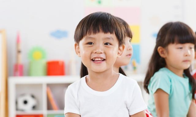"""3-5岁是思维发育""""黄金期"""",家长注意3点,培养宝宝逻辑能力"""