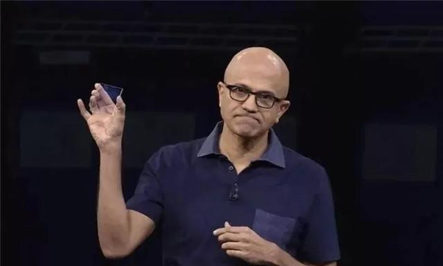 仅2毫米厚的黑科技硬盘,能存储75G数据,寿命可达1000年