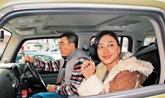 陈小春的悍马H3,定制车牌13年未换,价值已上涨23倍