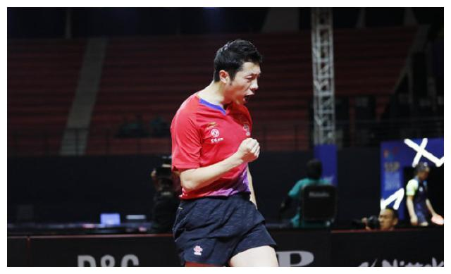 打服卫冕冠军!国乒亚锦赛第4金来了,张本智和又成日本单打独苗
