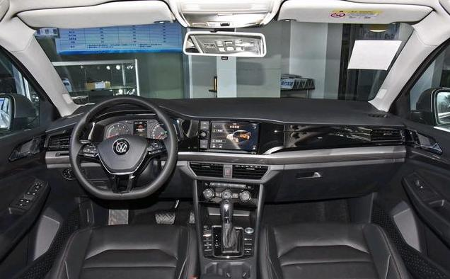 家用选车,老款大众速腾和新款宝来对比,应该如何选择?