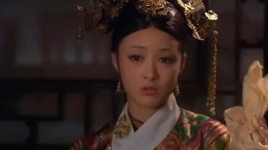 华妃说看见甄嬛的一汪眼泪就痛快,太监说甄嬛何以与华妃比较!