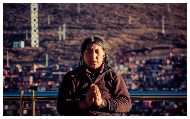 藏族弹唱 | 听不懂,但你能感受到生之美好