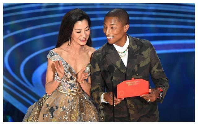 高晓松出席奥斯卡颁奖礼,现身《绿皮书》庆功会,和大腕谈笑风生