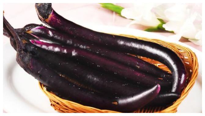 """茄子和""""它""""一起煮,补钙抗癌抗衰老,还可以美容养颜"""