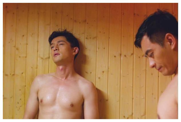 """盘点胡歌几张""""裸照"""",网友:原来你不止有颜值,身材也这么好!"""