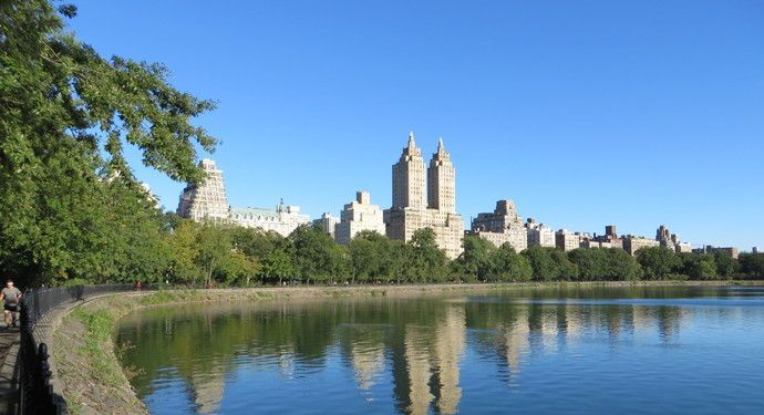 这座公园位于纽约曼哈顿中央,在此你能有偶遇各路明星的机会