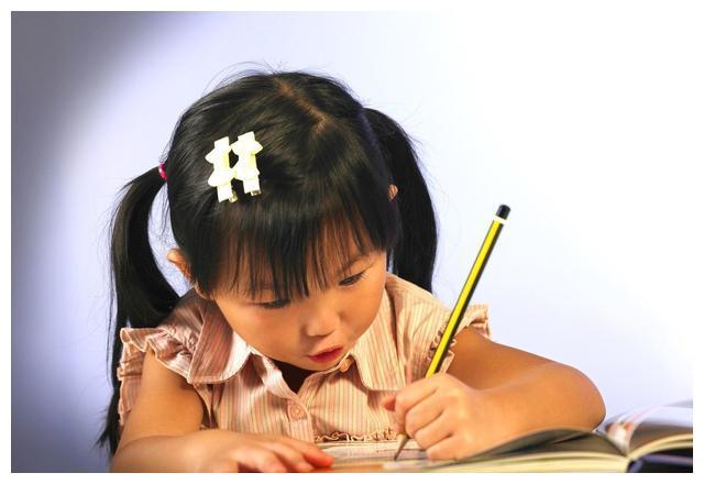 高度自律的孩子,人生更容易开挂,这5个方法值得家长参考