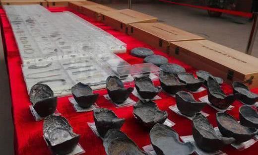 张献忠千艘宝藏沉船不是传说!考古队现场挖掘,黄金银子堆满河床