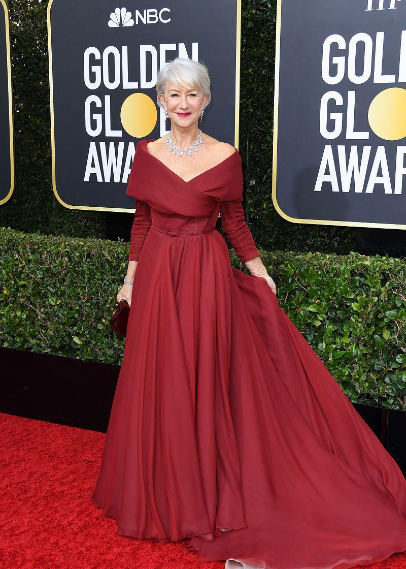 第77届金球奖星装穿搭:海伦·米伦Dior翻领拖地礼服 高贵迷人