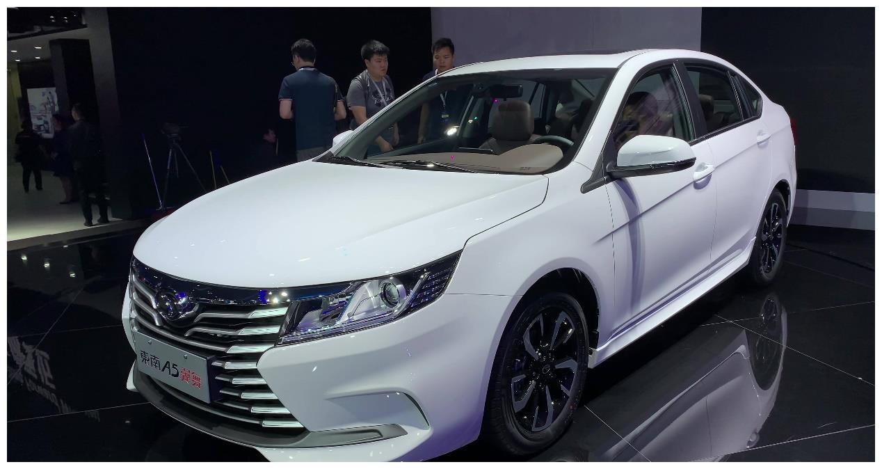 自主品牌轿车比帝豪漂亮,搭载1.5L+CVT,比帝豪多11马力