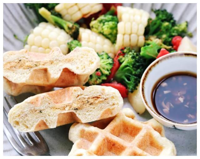 大叔家的烘培系列:华夫饼,香脆味美,简单易做,家人爱吃!