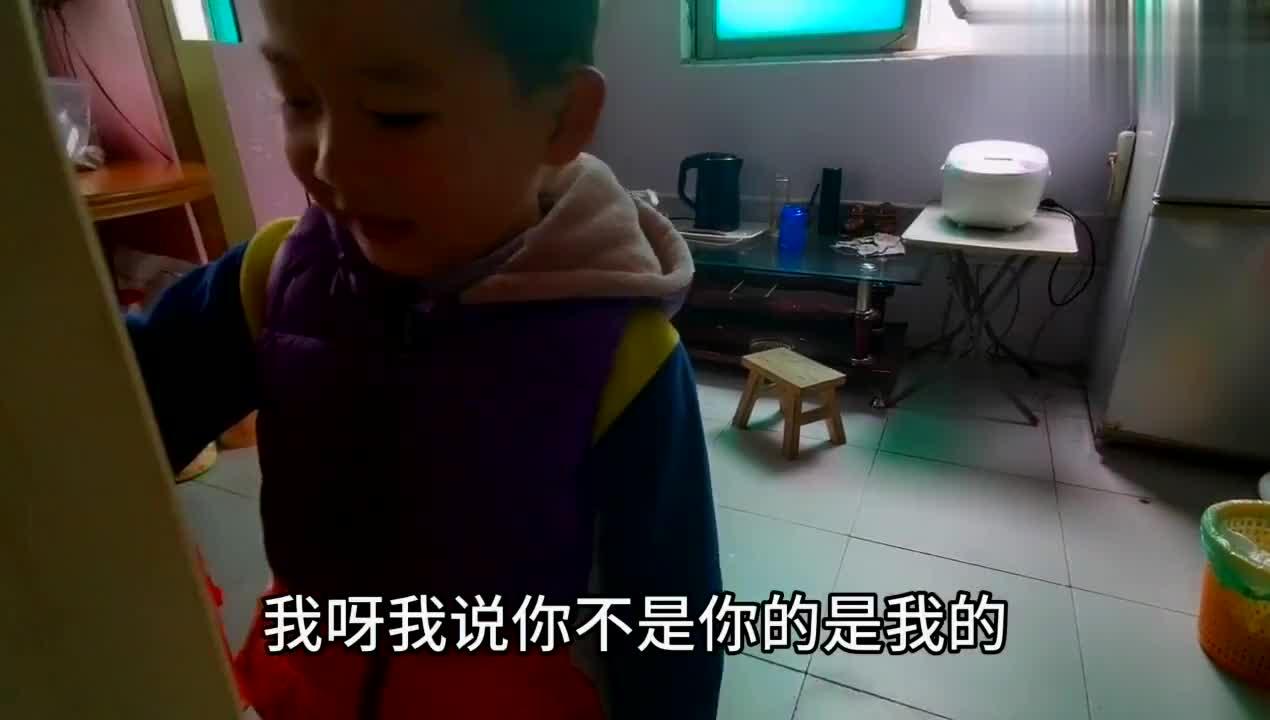 单亲爸爸:4岁可爱的儿子最喜欢爷爷,一会不见就想的发慌