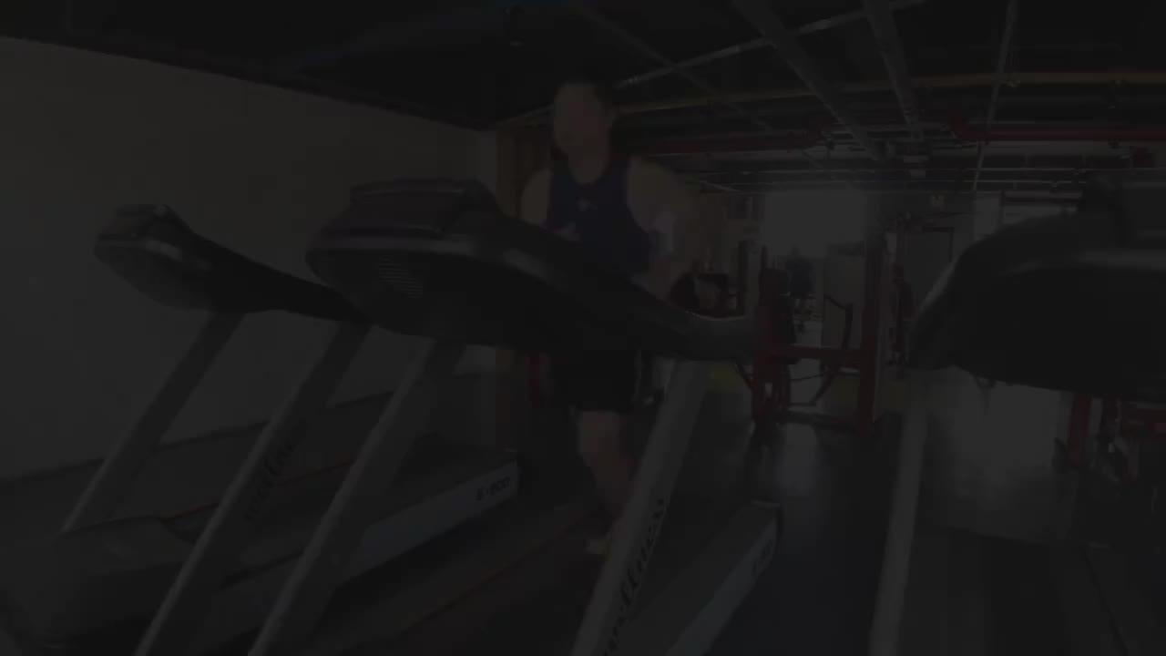 13天减肥vlog:发福小伙两天狂瘦5斤,吃着牛排轻松就做到