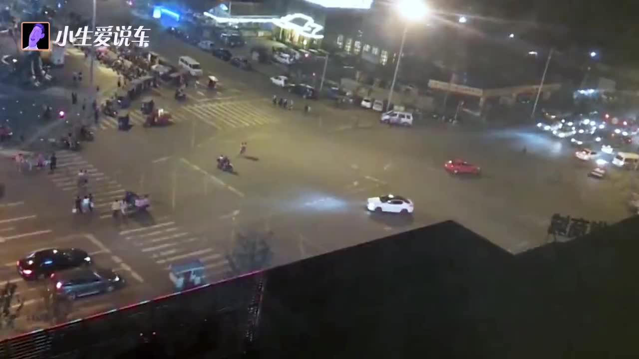 手动挡汽车必须要踩离合才能点火吗看看老司机是怎么解释的