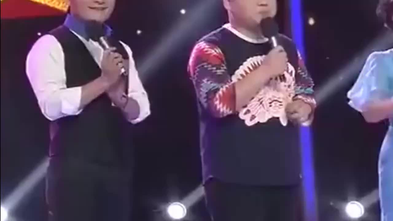 岳云鹏首登梨园春演唱五环之歌庞晓戈激动的不行