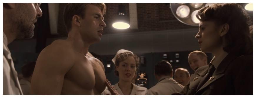 演员出错让电影升华,女主忍不住摸美队胸肌,小丑即兴演出经典!