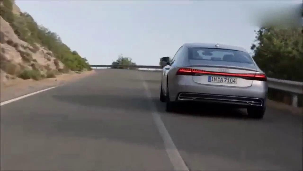 视频:谁才是最帅气的轿跑?奔驰CLS和奥迪A7杠上了!