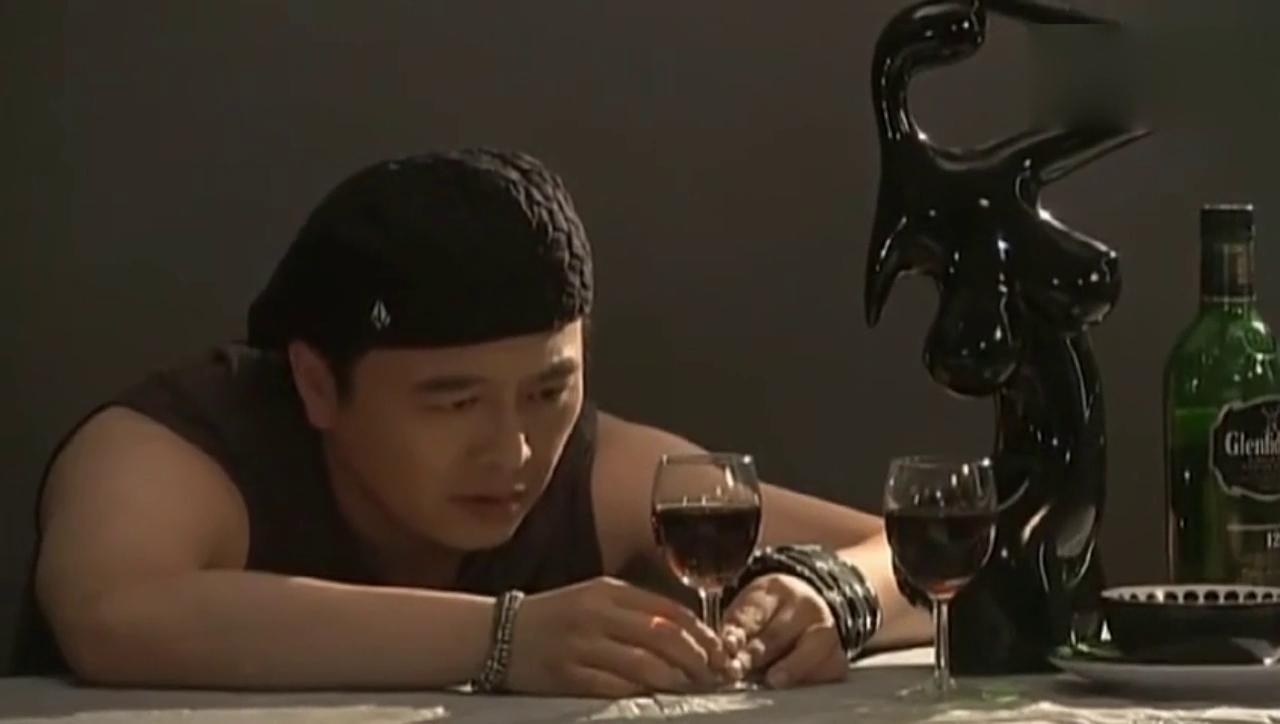 《温柔的谎言》杨桃终于冲破了最后那层道德底线