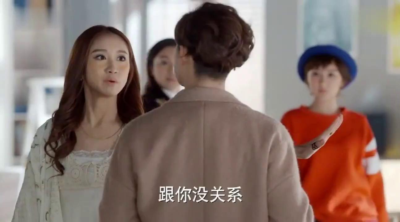 乌鸦嘴妙女郎:乔逸渔揭穿杨威的假总裁身份,却被当成疯子