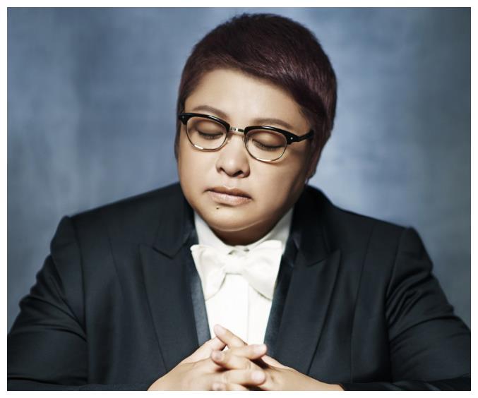 娱乐圈最出名的5大女胖子:她比贾玲重两倍,却嫁给185高富帅