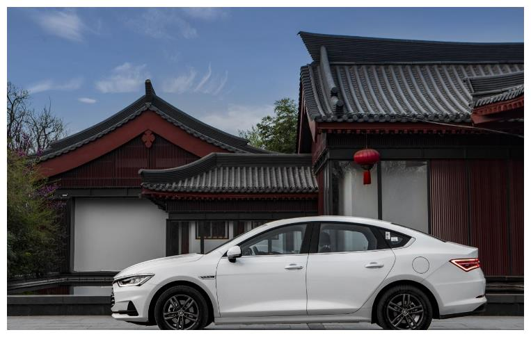 比亚迪又一新王朝,1.5T配混动系统,国六13万,比亚迪秦Pro
