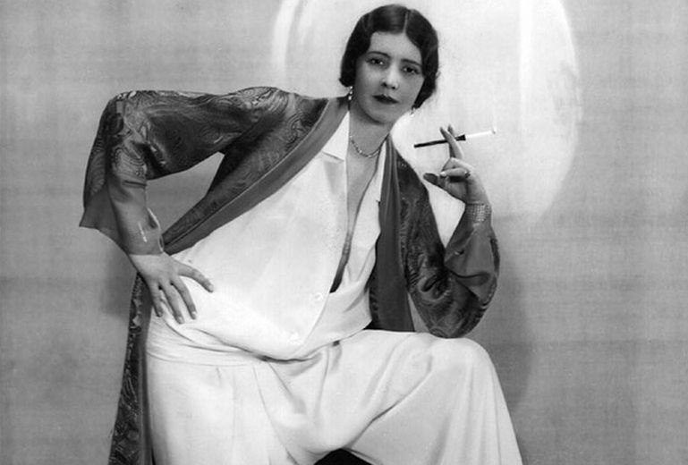 """上世纪服装潮流照:麦当娜引领时髦,""""两顶小伞""""令人浮想!"""