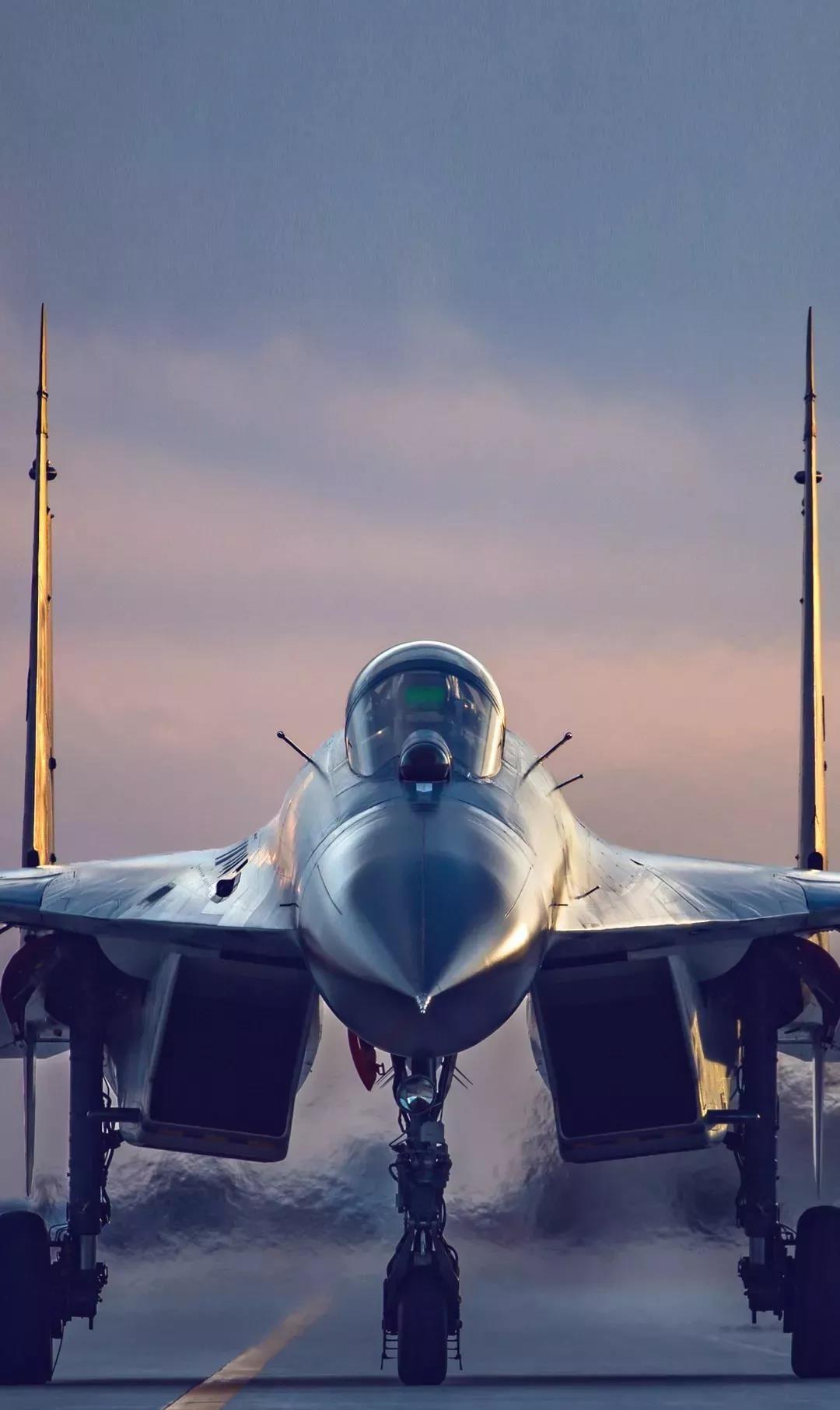 威猛对霸道,解放军空军超燃高清壁纸之一:侧卫与猛龙