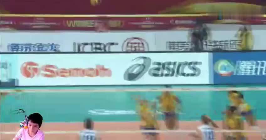 世界女排大奖赛半决赛塞尔维亚一传崩溃巴西再拿一局