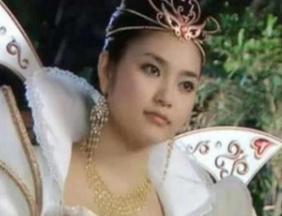 巴啦啦小魔仙十一年:魔仙女王青春永驻,难道魔仙真长生不老?