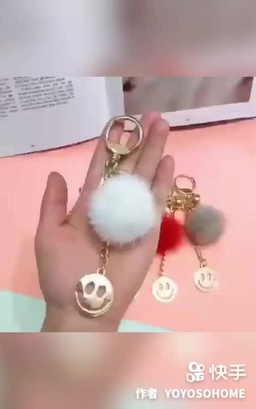 YOYOSO韩尚优品门店产品宣传之手机挂件