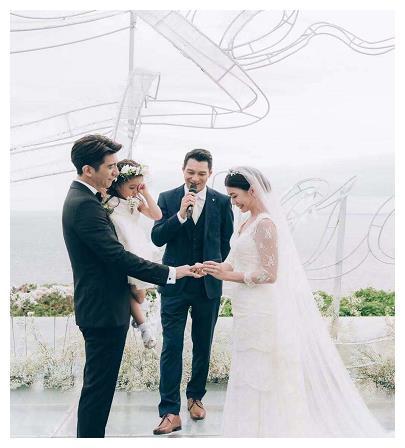 修杰楷婚礼誓言完整版,贾静雯现场感动万分谈蜕变,两人好深情!