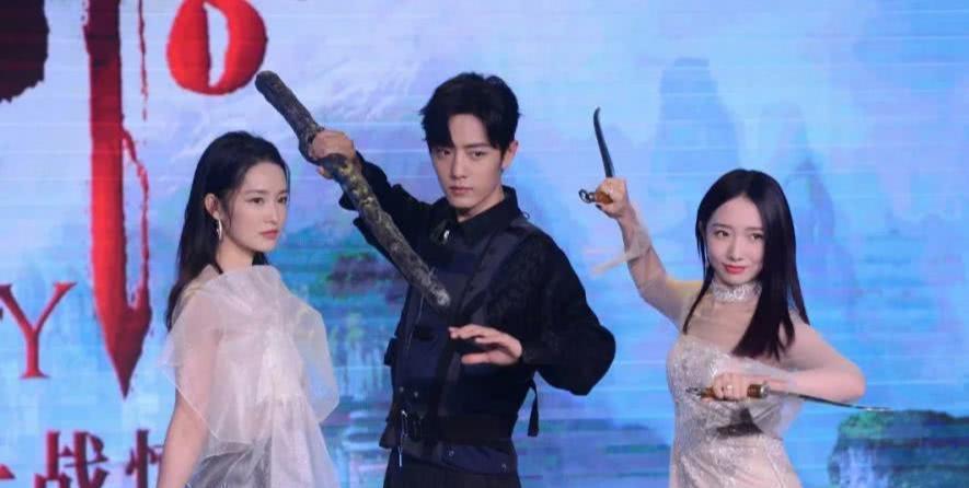 诛仙发布会肖战犯了强迫症,对待两位女主角太温柔,却苦了自己