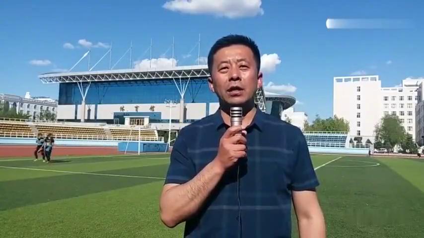 龙舟精彩回顾:齐齐哈尔大学体育学院教师臧家利介绍比赛盛况