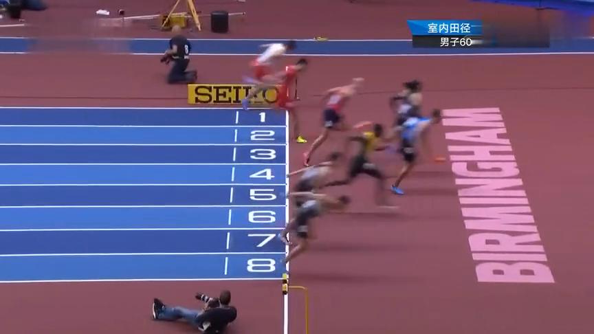 怕是喝了假酒!60米栏半决赛谢文骏7秒76无缘决赛