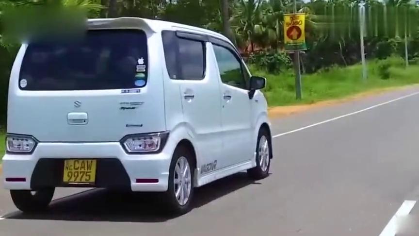 视频:六代铃木北斗星终于来了!平行进口,1.0T三缸配CVT,带四驱系统