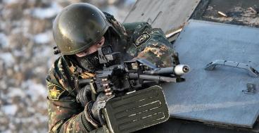 军事资讯_今日军事快讯:明斯克和平条约期间2万俄军猛攻德巴尔切夫