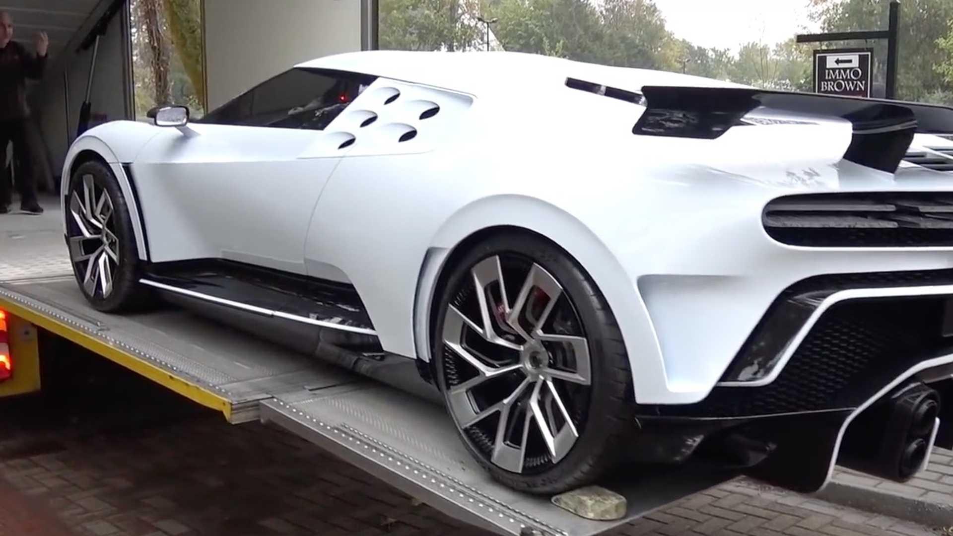 900万美金,1577马力!布加迪于圆石滩展出新超跑Centodieci
