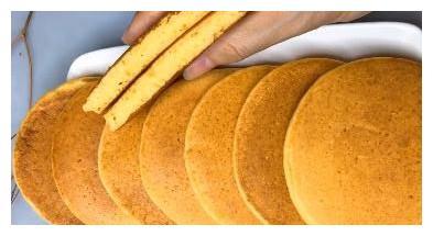 做孩子爱吃的玉米饼,松软香甜,奶香浓郁,天天闹着要吃