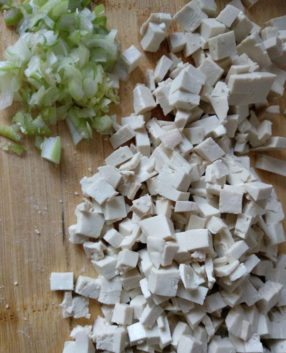 豆腐加这一步做出的面食,让人很有食欲,挑食的儿子都吃了两个