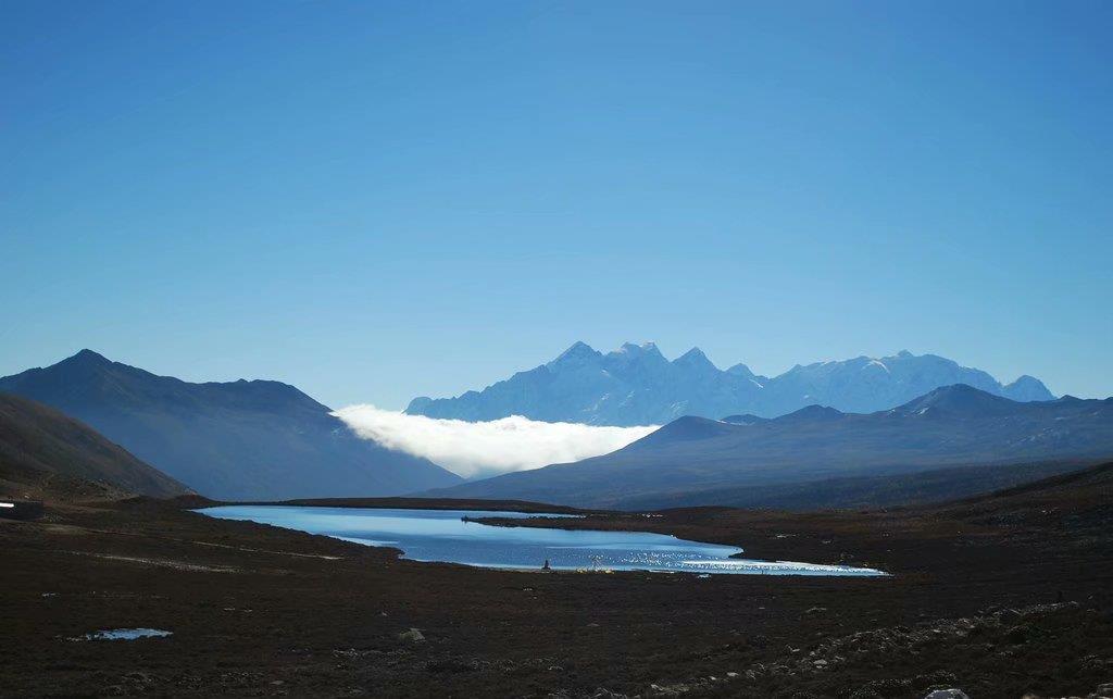 康定情歌(木格措)引风景区位于四川西部的情歌之乡.