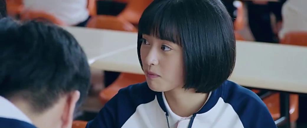 陈小希看到李薇装可怜,林静晓:谁还没有个离婚的爸妈啊