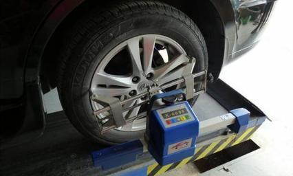 汽车四轮定位多久该做一次