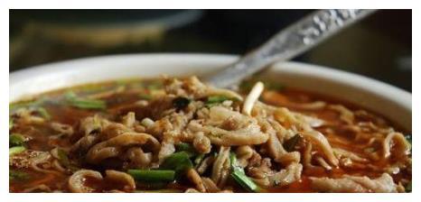 县城小酒馆开了10年,只卖一道菜,好吃到城里人专门开车来吃