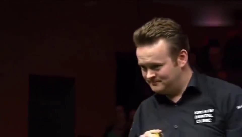 斯诺克界的表情帝墨菲打147走位失误,拼黑球成功全场掌声!